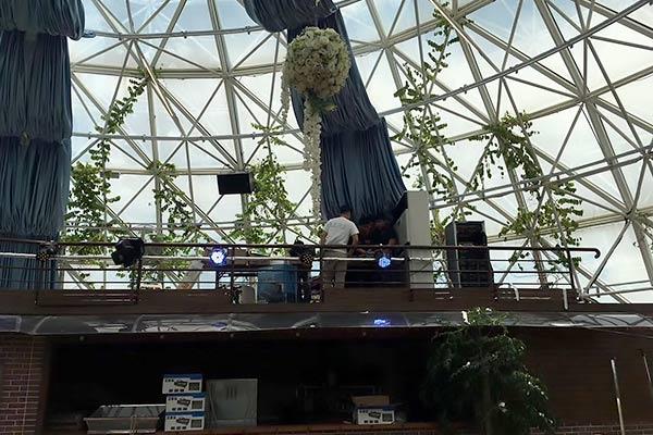 美豪酒店深圳机场店顶楼剧院酒吧项目顺利完工