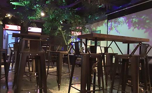 酒吧音响灯光设计